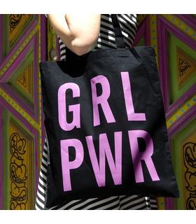 Una bolsa con mensaje combativo y optimista